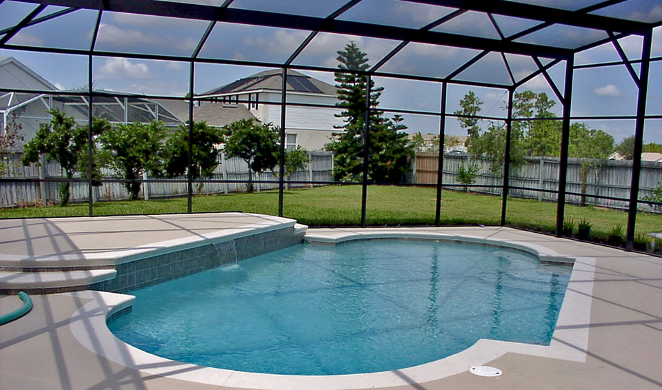 How much does it cost to build a swimming pool screen enclosure for How much is it to build a swimming pool