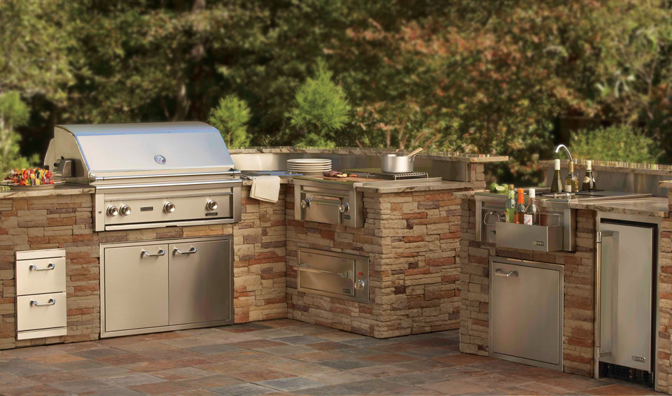 Affordable Outdoor Kitchens and Design Options