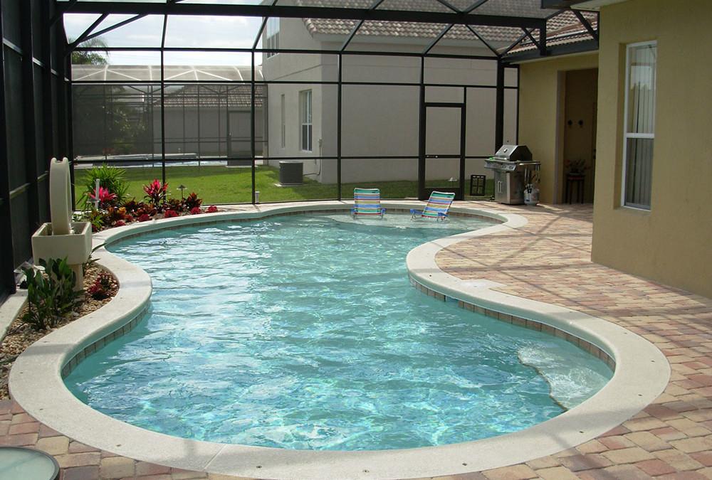 Pool Enclosure Kits Vs Professional Pool Enclosure