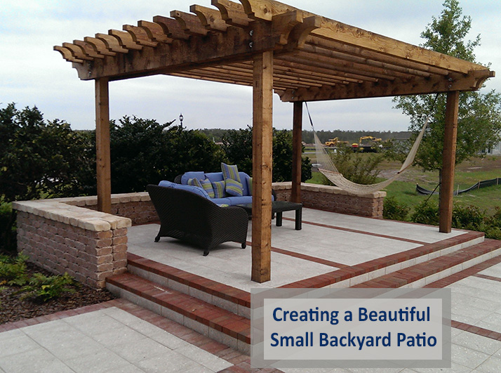 Creating a beautiful small backyard patio using pavers for Small backyard outdoor kitchen